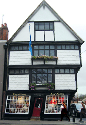 Canterbury - crooked house